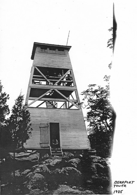 Bearfort Tower in 1925